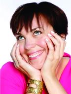 rachel-mcdowell-female-comedian-at-slapsticks-proudctions